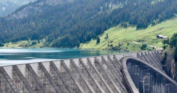 Casi 200.000 evacuados por el riesgo de rotura de la presa más alta de EE.UU.